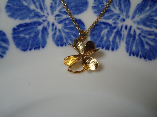 ALEX MONROE Medium Clover Necklace